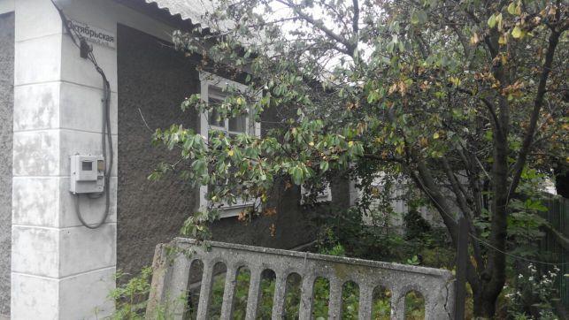 Дом 100м² на участке 4 сот