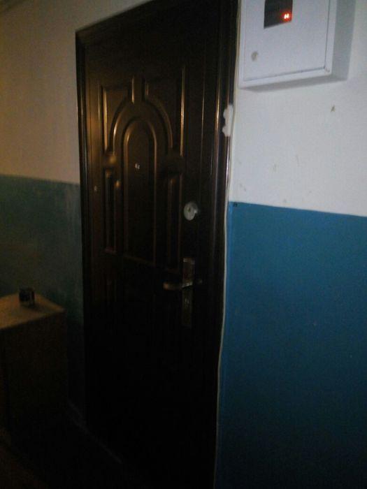 Продам 2 комнаты в общежитии. 3000 и 2500. Хороший торг