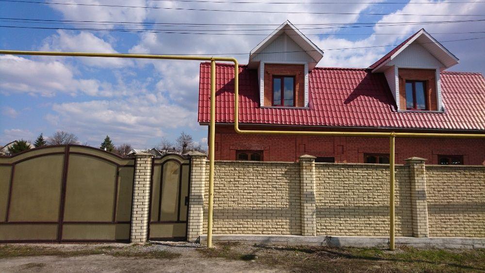 ПРОДАМ отличный двухэтажный газифицированный дом (Буденновка-Центр)