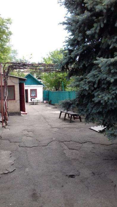 Продам дом 100м2 в центре Петровки 21я ш-та
