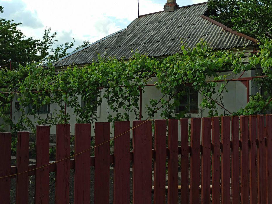 СРОЧНО! Цена снижена!Продам дом в Петровском районе, базарный поселок.