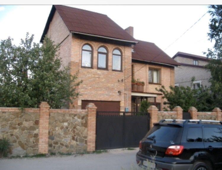 Дом 2-х этажный, 7-ми комнатный в Калининском районе