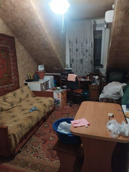 Дом 15м² на участке 1 сот