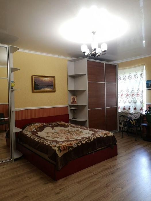 Просторная 2-х комн. квартира (74 кв.). Высокие потолки. Евроремонт