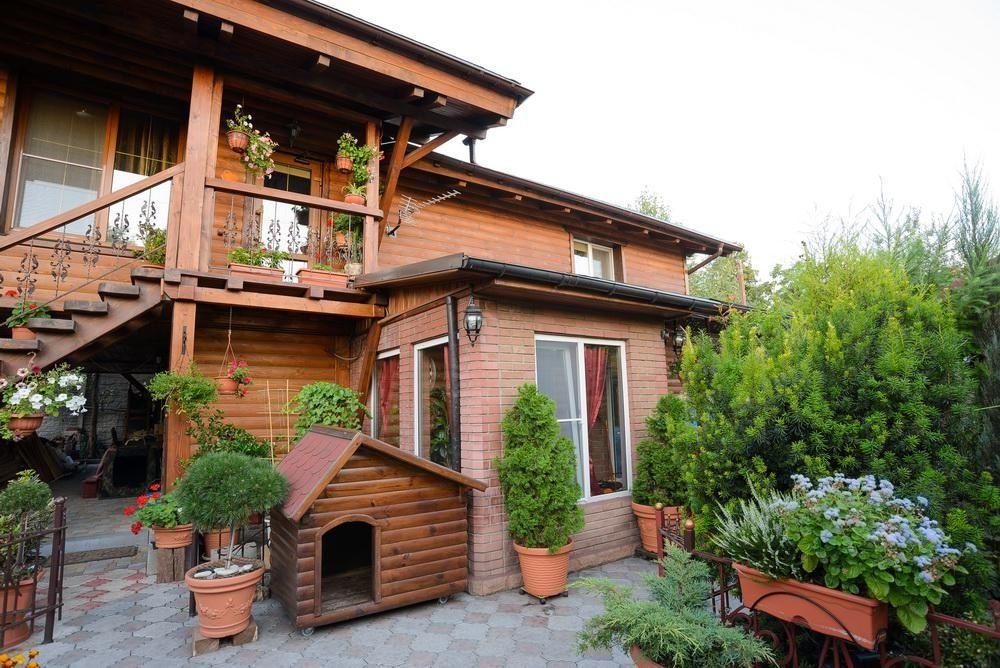 Продам дом в 2х уровнях с евро-ремонтом