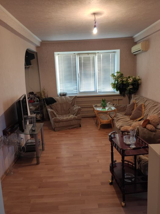 Продам 2х комнатную квартиру на Азотном