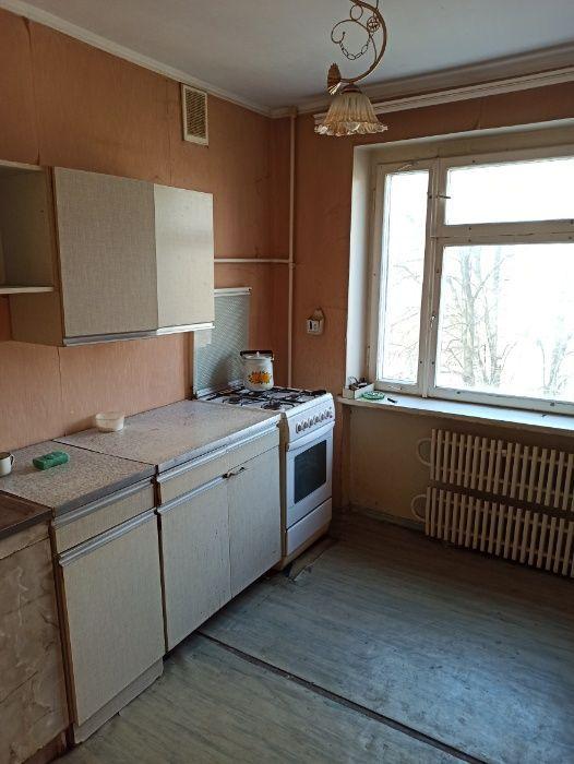 Продам 3-х комн. квартиру в Кировском районе, Текстильщик