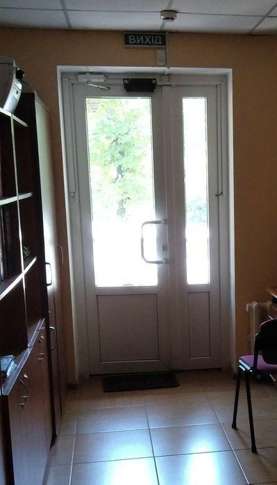 Продам помещение  с отдельным входом !