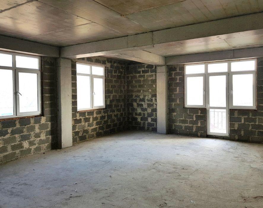 Новострой 3х.комнатная квартира Ворошиловский р-н,После строителей