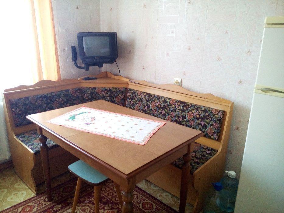 Продам двухкомнатную квартиру с мебелью и техникой.