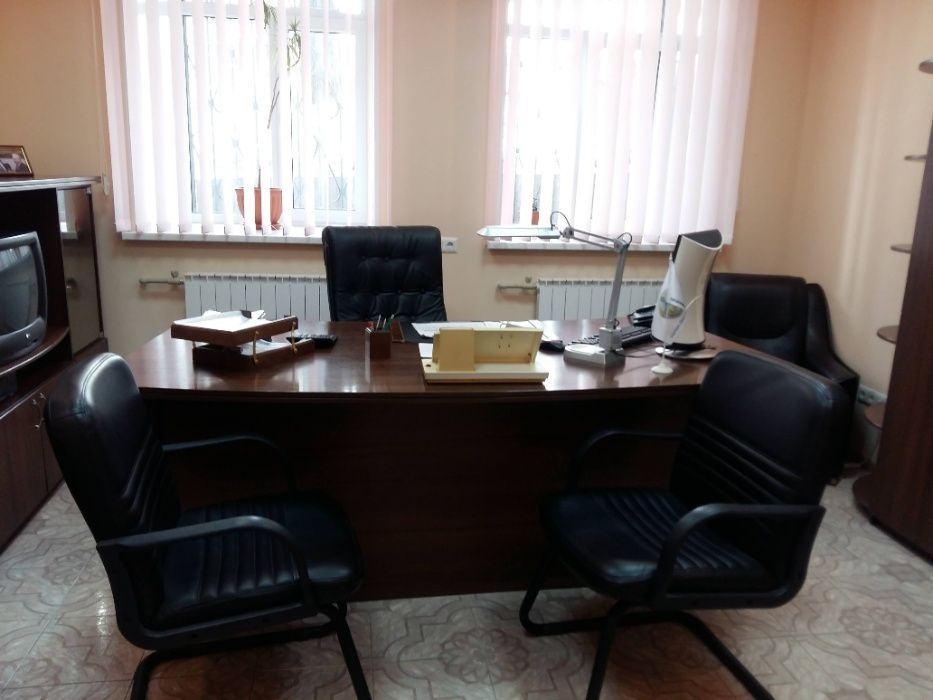 Продам помещение с оборудованием в самом центре, гастроном Москва