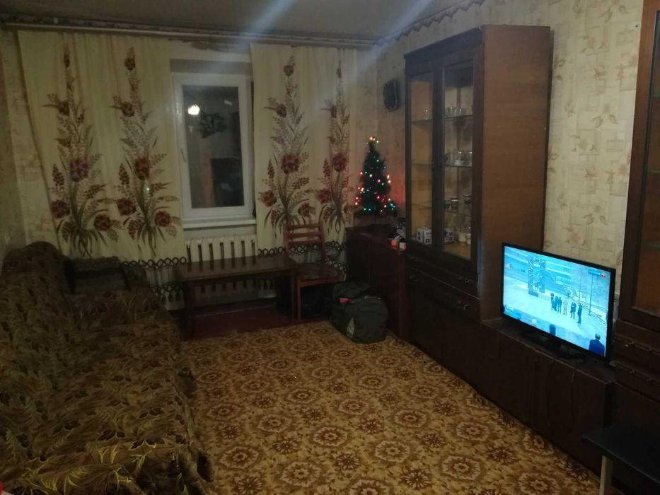 2-х комнатная квартира,Ватутино,квартал Д, 3/5 эт, 5000 , торг