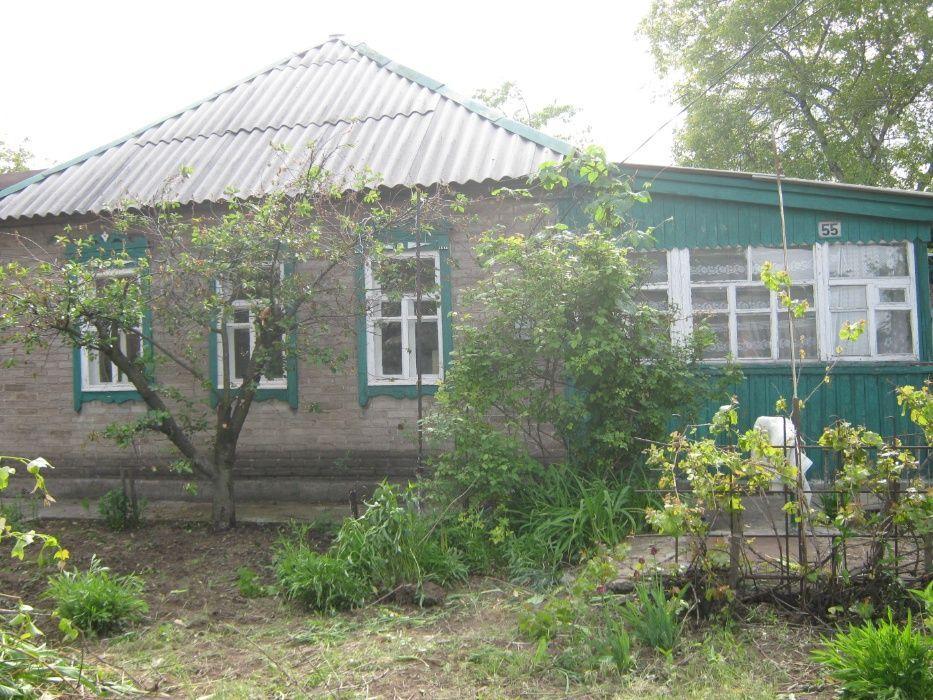 Продам дом енакиевский пос ул поливоды 6 соток земли газ в доме